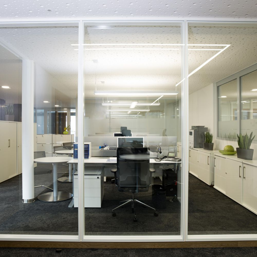 Clear-cut lines with white partition wall sections