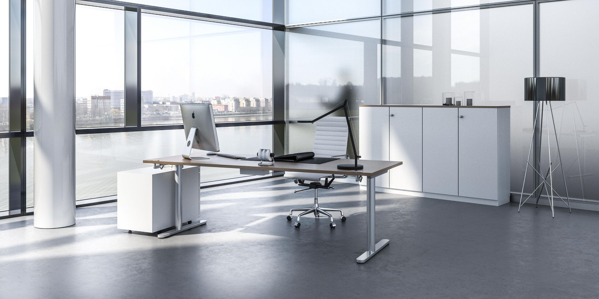 Made-to-measure office concept with transparent partition system