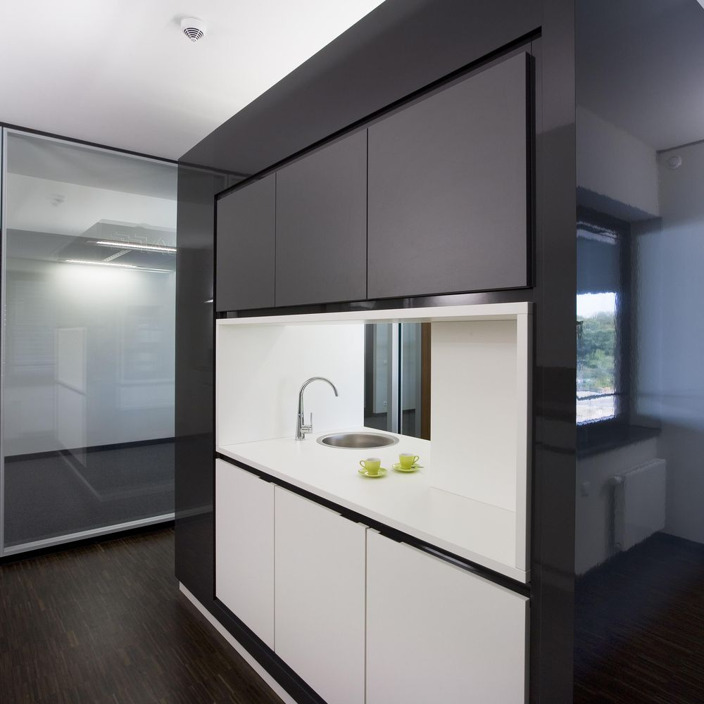 Volume production of individual kitchenette
