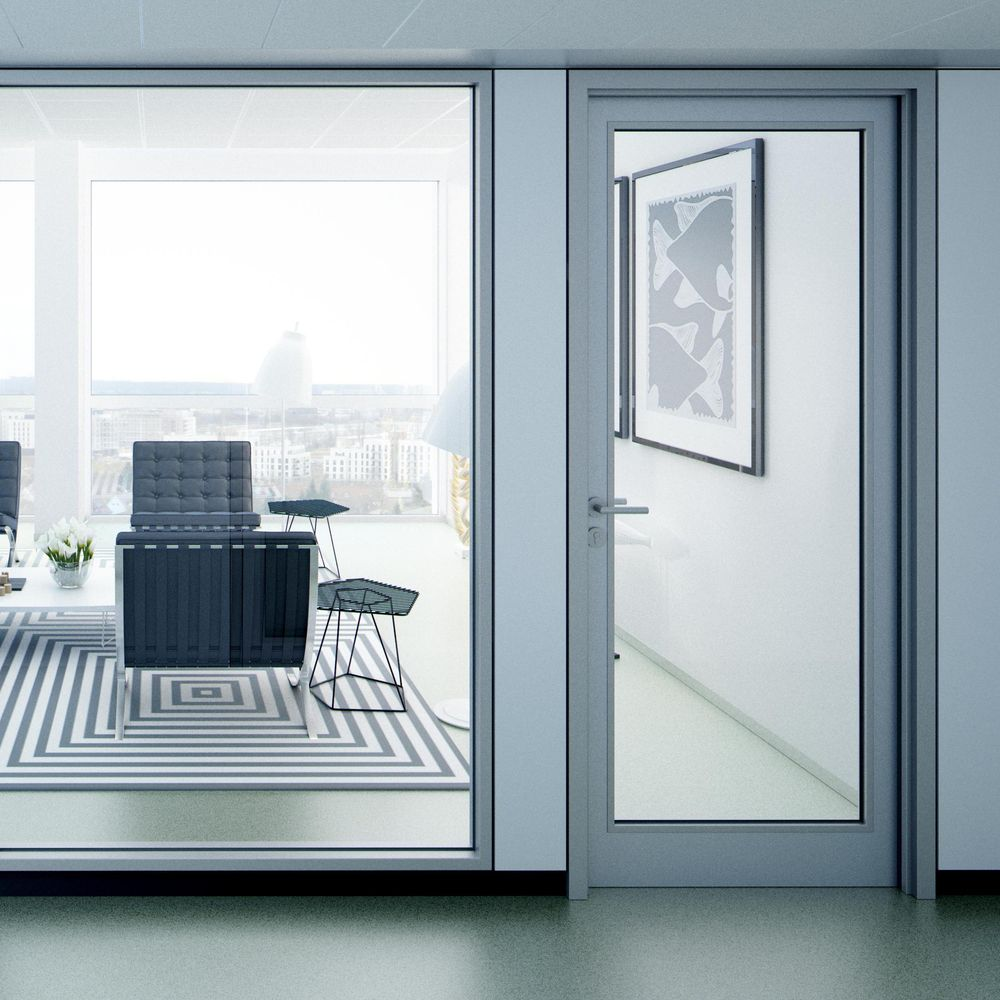 Swing door, suitable for fire safety solutions