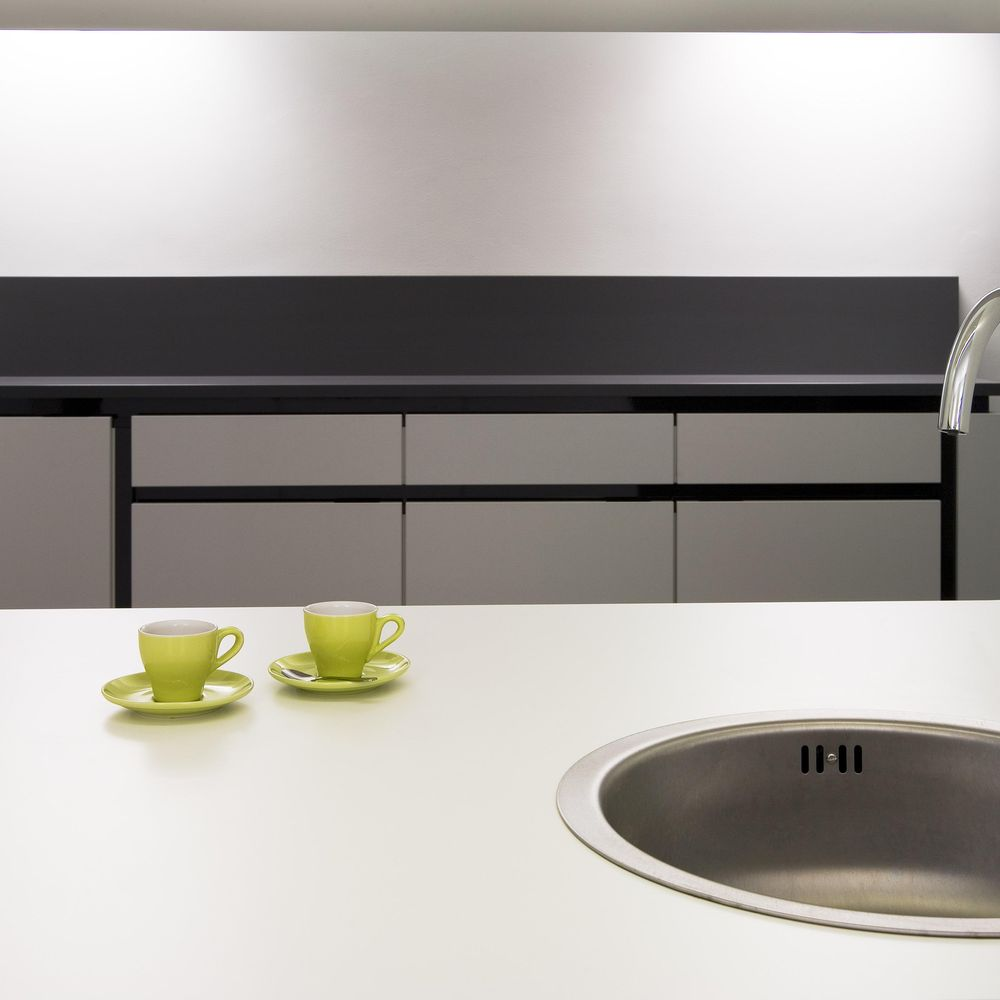 Kitchenette with integrated sink